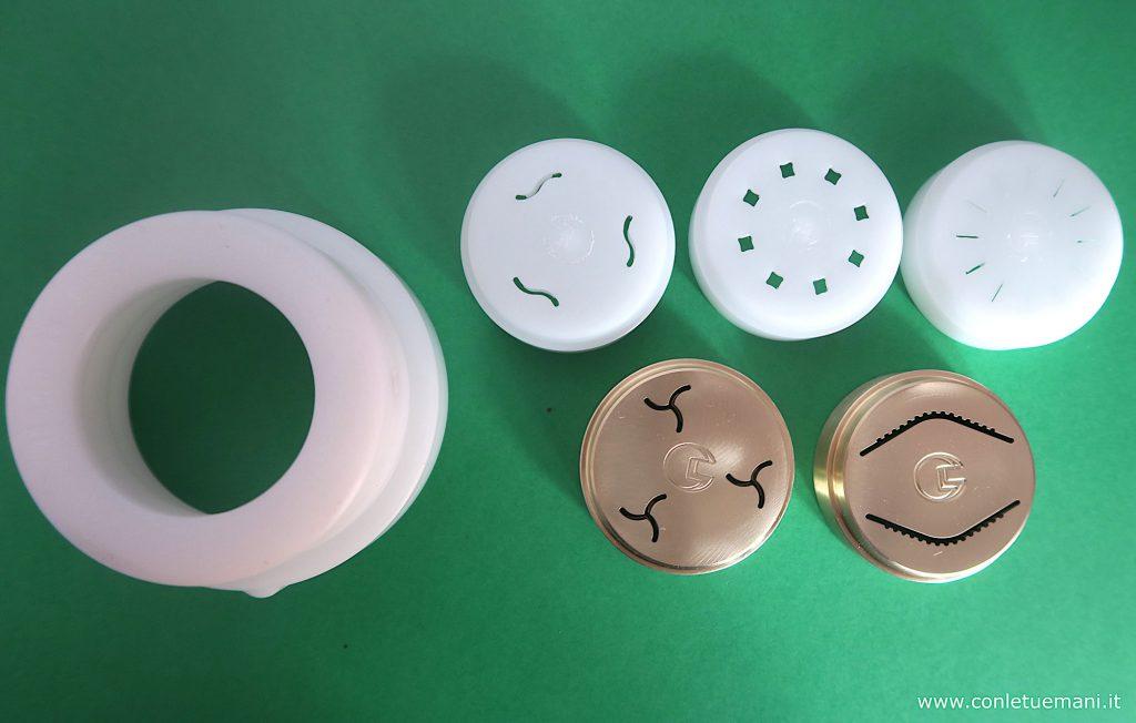 Anello di riduzione e trafile compatibili con Pasta Maker Philips